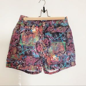 Vintage 90s high waist Grafitti Jean Shorts